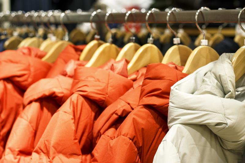 Co ile należy się odzież robocza – sprawdź co mówią przepisy BHP